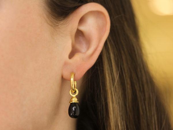 Elizabeth Locke Small Onyx Drop Earring Charms With Acorn Cap