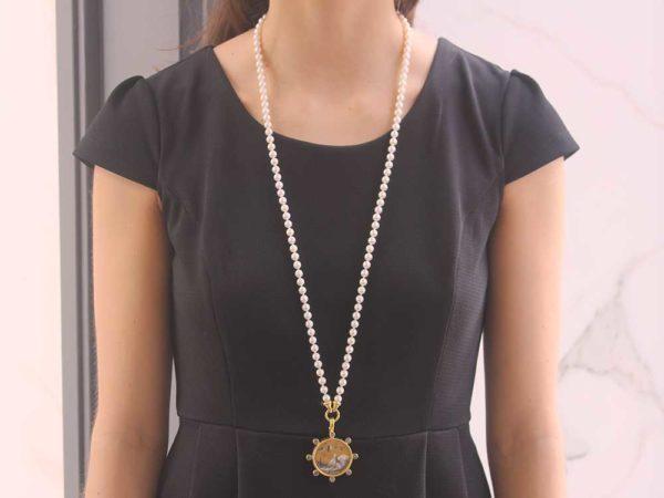 "Elizabeth Locke 35"" ""Serena"" Clasp With Freshwater Pearl Necklace"