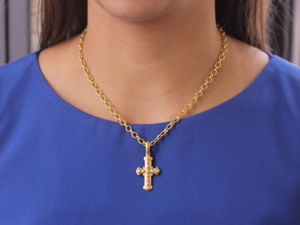 Elizabeth Locke Small Byzantine Diamond Cross Pendant