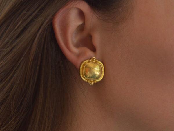 Elizabeth Locke Gold Cushion Granulation Trio Earrings