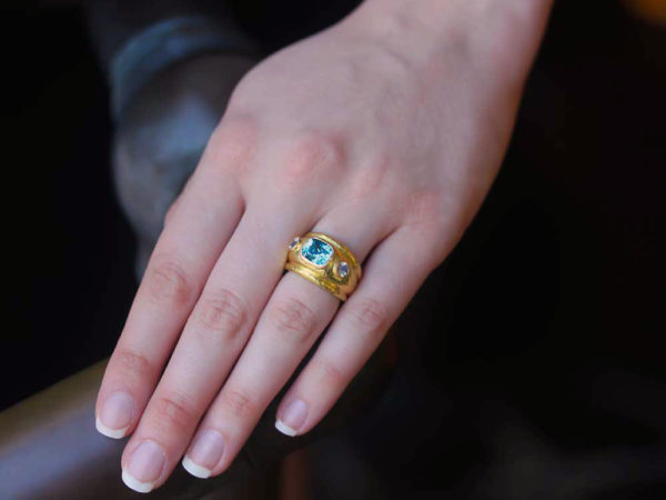 Elizabeth Locke Blue Zircon and Moonstone Puffy Cigar Band Ring
