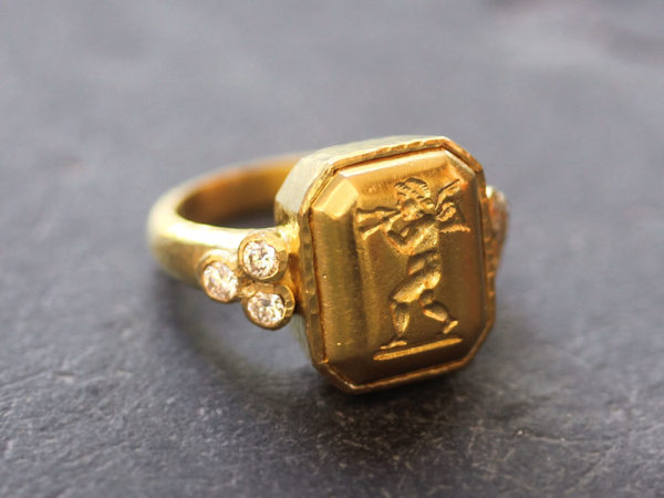 """Elizabeth Locke Octagonal Gold """"Cherub with Flute"""" Ring with Diamonds Triads model shot #4"""