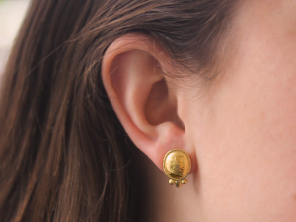 Elizabeth Locke Sarabella Gold Dome Studs For Earring Charms