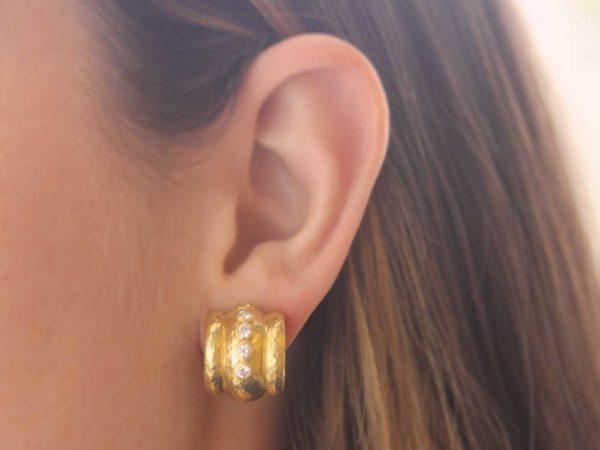 Elizabeth Locke Diamond Amalfi Hoop Earrings
