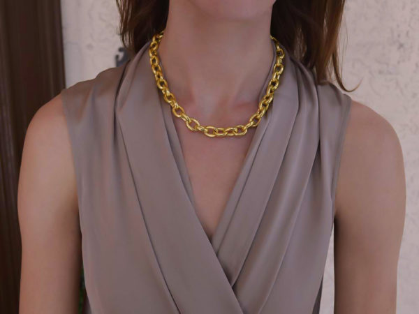 "Elizabeth Locke 17"" ""Ancona"" Link Necklace model shot #1"