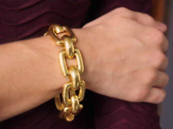 "Elizabeth Locke ""Livorno"" Rectangular Link Bracelet model shot #1"