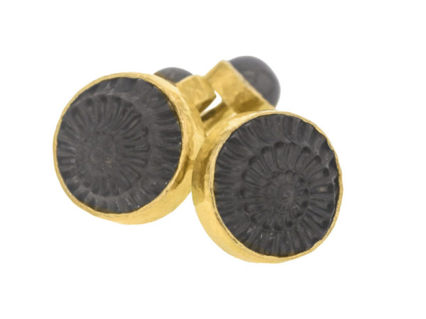 Elizabeth Locke Ammonite Cufflinks with Cabochon Labradorite