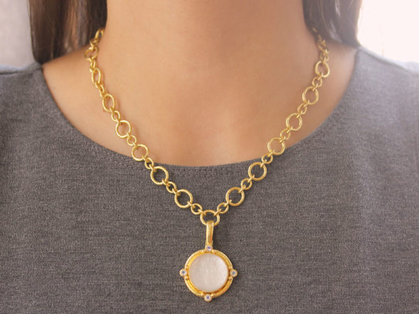"Elizabeth Locke Rock Crystal ""Queen Bee"" Pendant With Four Moonstone & Gold Dots With Narrow Clip Bale"