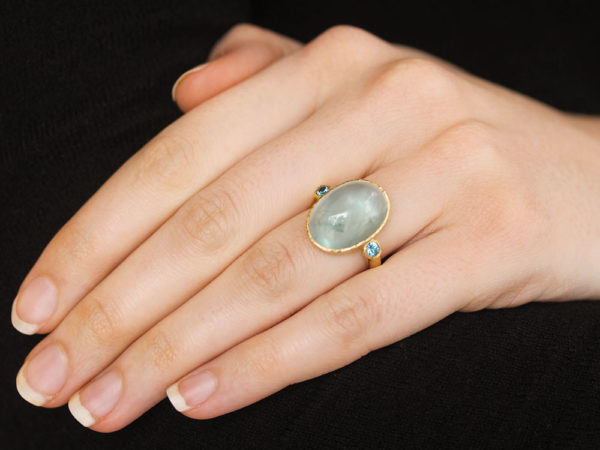 Elizabeth Locke Oval Aquamarine Ring with Round Side Blue Zircons model shot #1