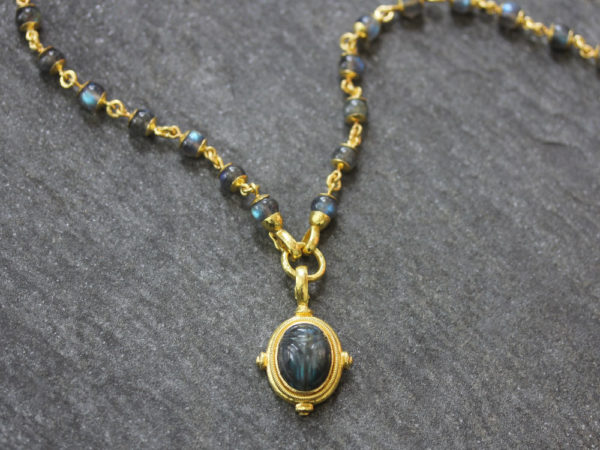 "Elizabeth Locke 31"" Circle Clasp Necklace With 8mm Labradorite Beads and Gold Links model shot #3"