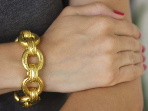 """Elizabeth Locke """"Really Heavy"""" Oval Link Bracelet with Banded Connectors and Hidden Closure"""