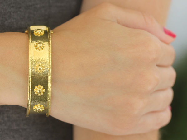 Elizabeth Locke Flat Wide Gold Daisy Bangle Bracelet model shot #1