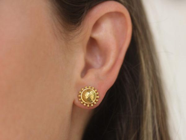 Elizabeth Locke Gold Dome Stud Earrings With Granulation