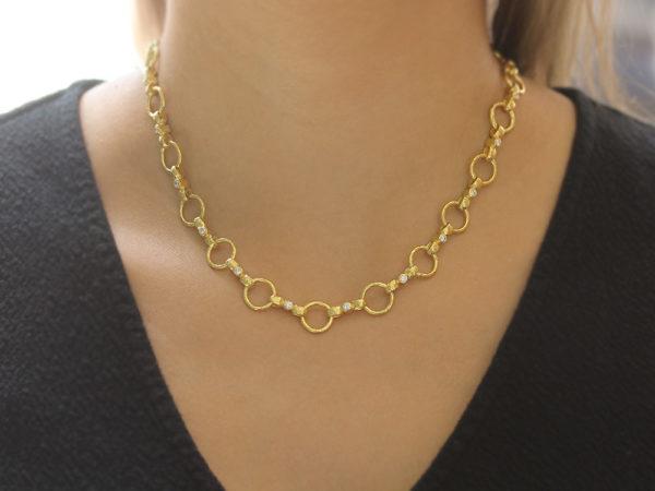 """Elizabeth Locke 17"""" Diamond """"Celtic"""" Hammered Link Necklace"""