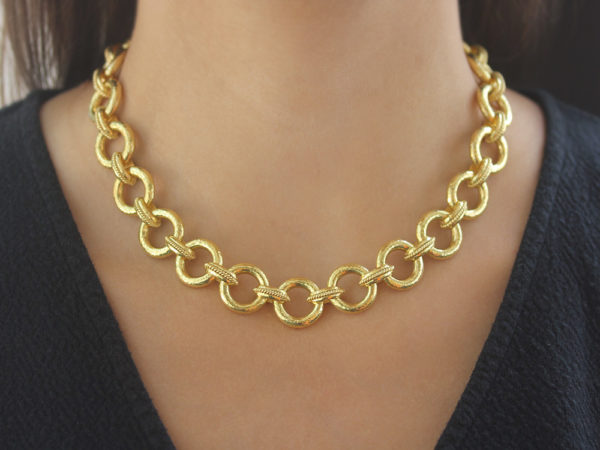 "Elizabeth Locke 17"" ""Ravenna"" Link Necklace model shot #1"