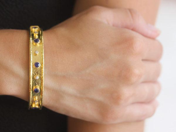 Elizabeth Locke Faceted Blue Sapphire and Diamond Bangle Bracelet