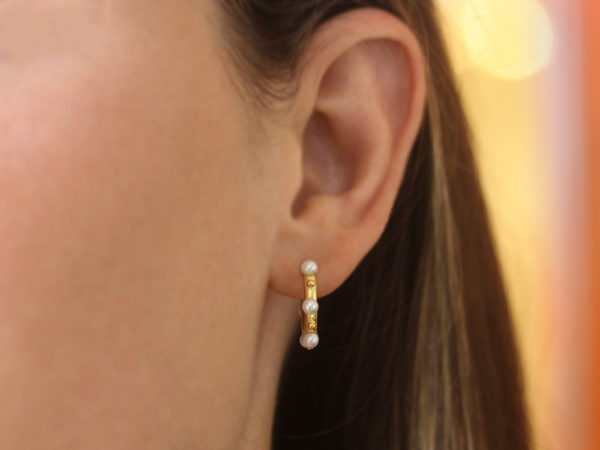 Elizabeth Locke Big Baby Hoops With Pearls and Gold Dots model shot #2