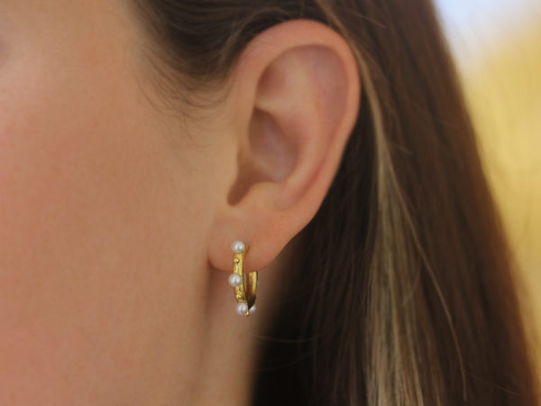 Elizabeth Locke Big Baby Hoops With Pearls and Gold Dots