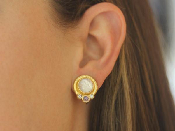 "Elizabeth Locke Crystal Venetian Glass Intaglio ""Cabochon Tiny Griffin"" Earrings with Moonstone"
