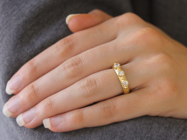 Elizabeth Locke Round Diamond Stack Ring with Gold Dots