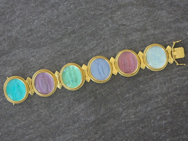 """Elizabeth Locke Venetian Glass Intaglio """"Pastel"""" Colored Pastel Large Oval Venetian Glass Bracelet model shot #3"""