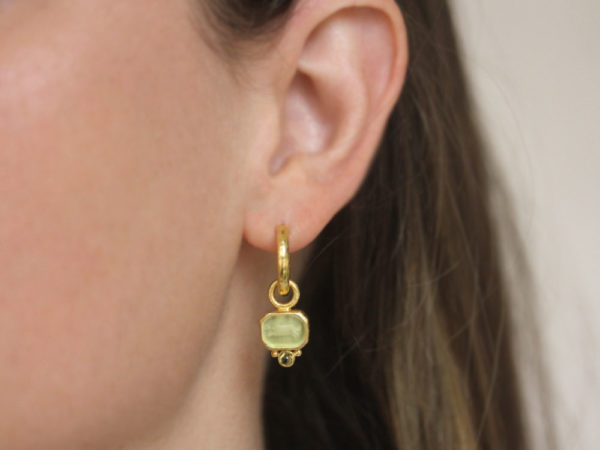 "Elizabeth Locke Lime Aqua Venetian Glass Intaglio ""Chimera"" Earring Charms for Hoops with Bottom Cabochon Peridot"
