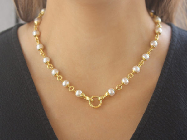 "Elizabeth Locke 17"" 8-8.5mm Akoya Pearl And Gold Link Necklace With Circle Clasp Necklace"