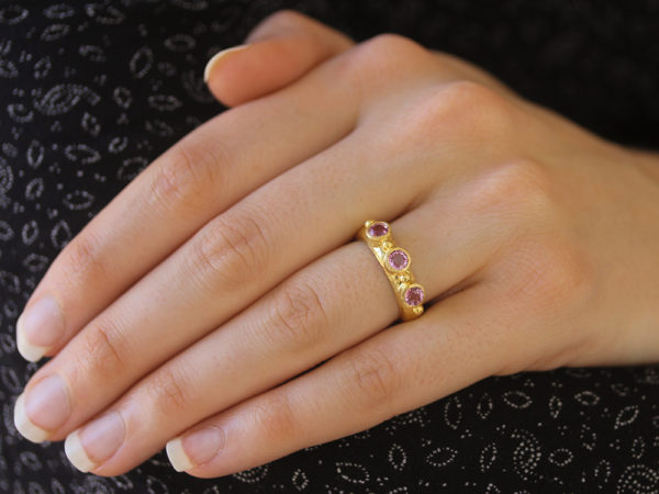 Elizabeth Locke Round Faceted Pink Sapphire Stack Ring with Gold Dots