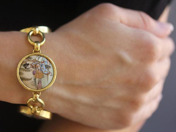 "Elizabeth Locke Antique Satsuma ""Geishas"" Button Link Bracelet"