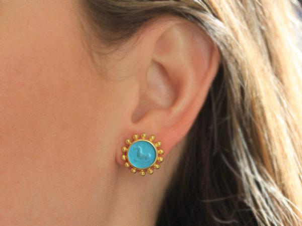 "Elizabeth Locke Teal Venetian Glass Intaglio ""Tiny Horse"" Stud Earring with Granulation"
