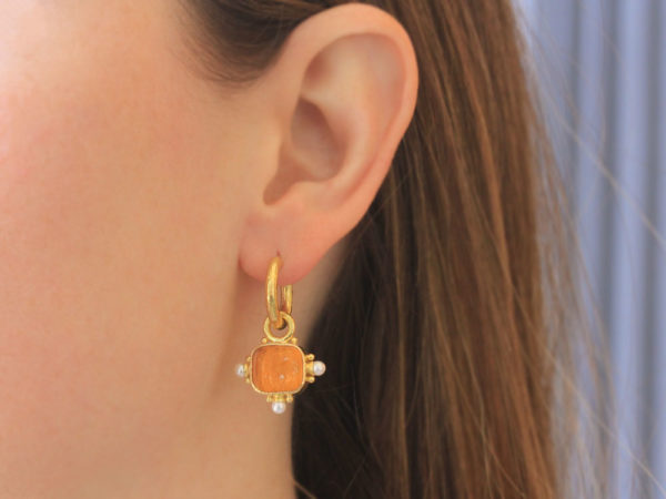 """Elizabeth Locke Amber Venetian Glass Intaglio """"God with Horse"""" Earring Charms For Hoops with Pearl and Side Gold Dots"""