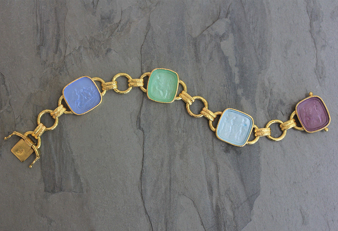 "Elizabeth Locke Pastel Venetian Glass Intaglio ""Seated Minerva"" Link Bracelet With Round and Banded Connectors and Box Clasp model shot #3"