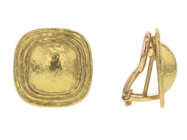 Elizabeth Locke Square Gold Dome Earrings with Flat Ridge Bezel model shot #2