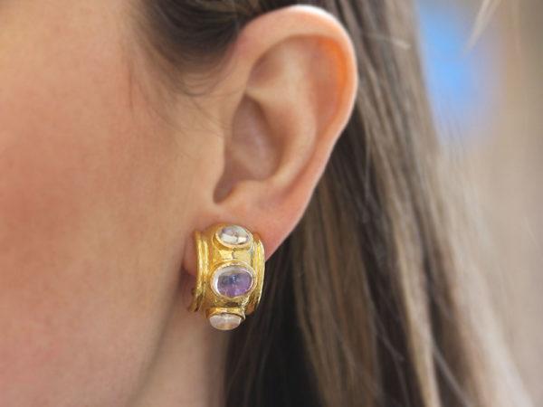 Elizabeth Locke Cabochon Moonstone Earrings in Puffy Bezel