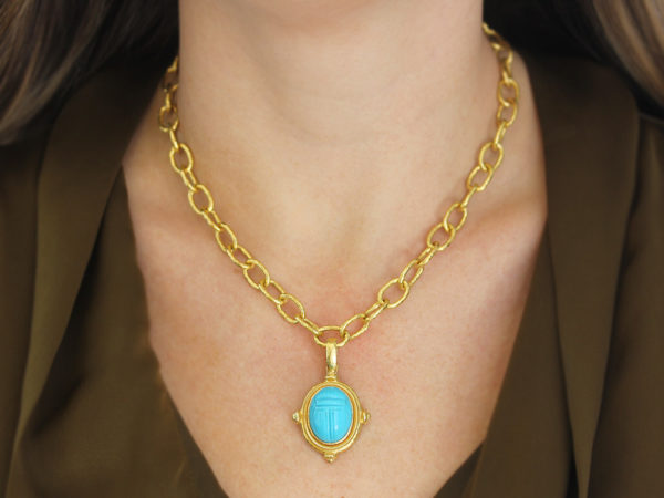 Elizabeth Locke Vertical Oval Turquoise Scarab Pendant in Grooved Bezel with Gold Shoulders and Hinged Bale