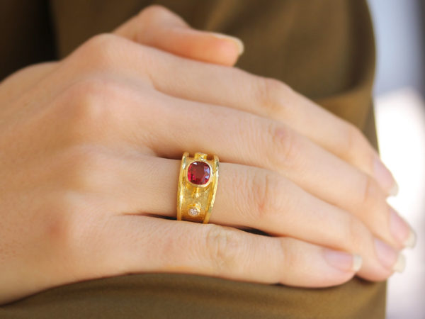 Elizabeth Locke Cushion Faceted Red Spinel Cigar Band With Two Diamonds