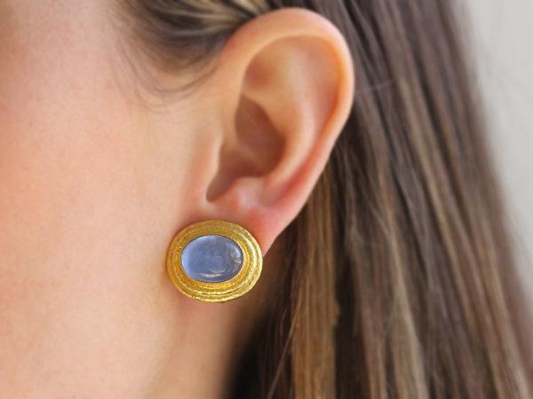 """Elizabeth Locke Cerulean Venetian Glass Intaglio """"Cab Equestrian"""" with """"Athenian"""" Bezel Earrings"""