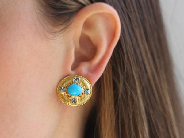 Elizabeth Locke Horizontal Oval Sleeping Beauty Turquoise Earrings With Faceted Blue Zircons