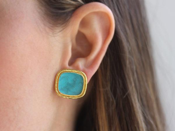 "Elizabeth Locke Teal Venetian Glass Intaglio ""Cherub with Sails"" Earrings"