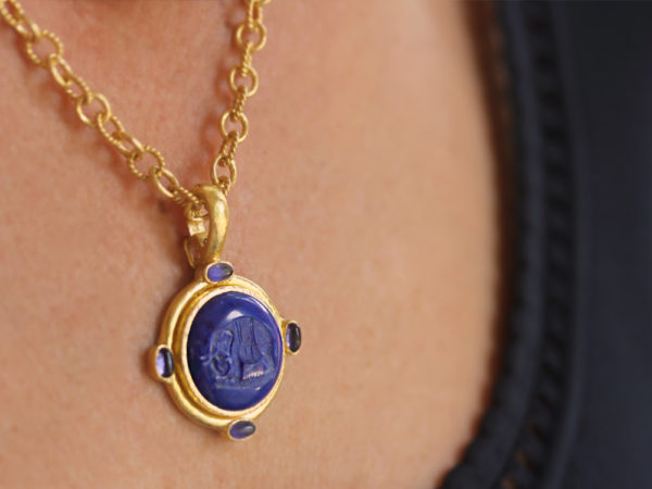 "Elizabeth Locke Lapis ""Elephant"" Round Seal Pendant With Iolite Stones and Thin Hinged Bale model shot #2"