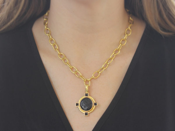 "Elizabeth Locke Vertical Oval Onyx ""Horse Profile"" Seal Pendant Set on Godron Bezel and Thin Hinged Bale"