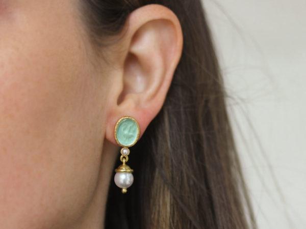 "Elizabeth Locke Nile Venetian Glass Intaglio ""Crane"" With Pearl Stud Earrings"