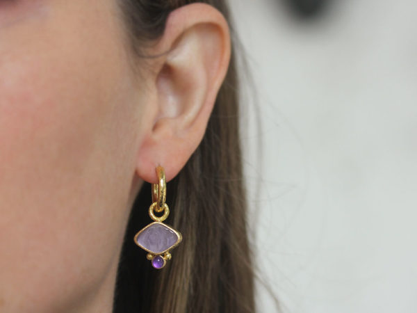 "Elizabeth Locke Mulberry Venetian Glass Intaglio ""Rombo"" Earring Charms for Hoops with Cabochon Amethysts"