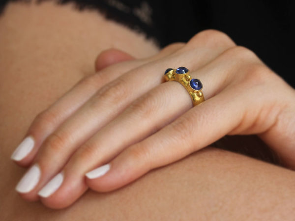 Elizabeth Locke Round Cabochon Blue Sapphire Stack Ring with Gold Dots model shot #2